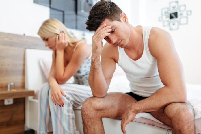 Una pareja se lamenta por problemas de fetilidad